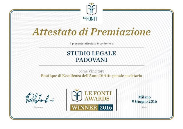 avvocato chiara padovani riceve il premio le fonti 2016 come boutique di eccellenza dell'anno diritto penale societario
